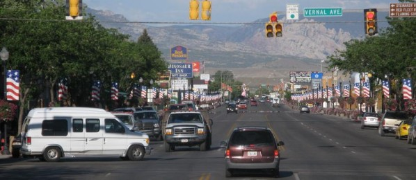 831_Vernal_Utah_looking_East_3_.jpg